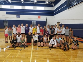 Hawks VB Team Gives Back to Raiders