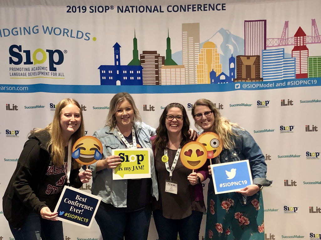 4 teachers at the SIOP National Conference